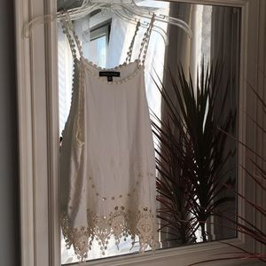 NWOT- Kendall & Kylie Embroidered Crochet Tank